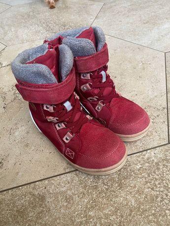 Продам детские ботинки Reima