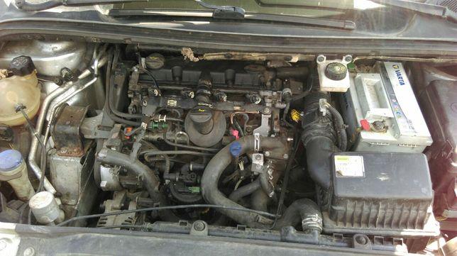 Продам двигатель Пежо,Ситроен,2.0 HDI