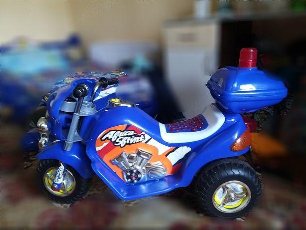 Электромобиль мотоцикл полицейский