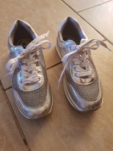 Buty dziewczęce sportowe Xti Perfect rozm. 34