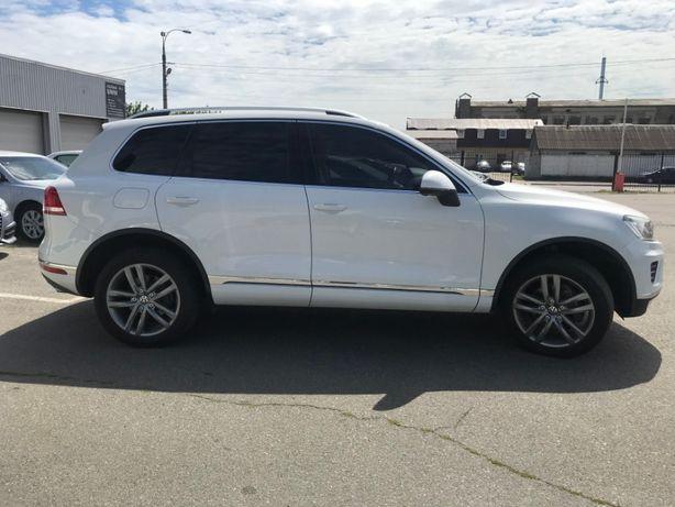 Продам Volkswagen Touareg 3.0 TDI