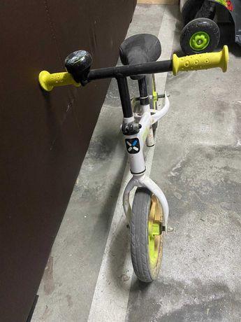 Bicicleta sem pedais - Criança