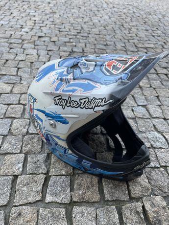 Capacetes Motocross & Downhill para despachar