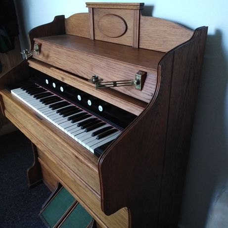Antyk 100- letnie Organy Fisharmonia