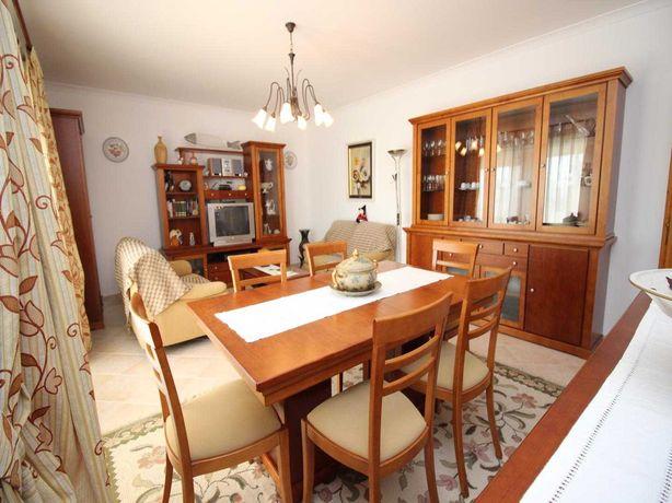 Móveis de sala de estar e sala de jantar