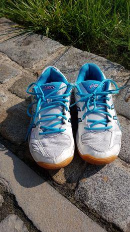 Buty sportowe firmy Asics rozm.37,5