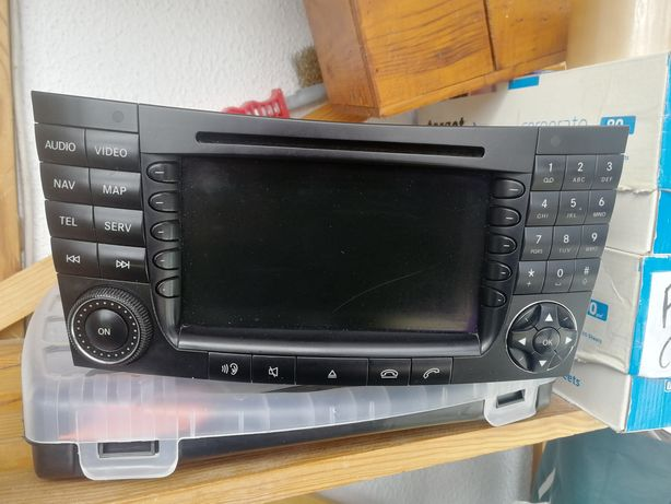 Rádio w211