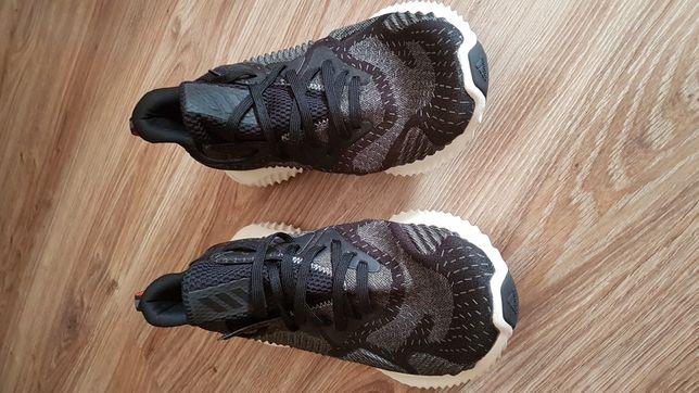 Sprzedam obuwie Adidas AlphaBounce