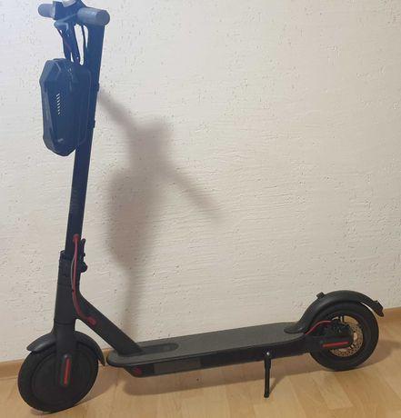 Hulajnoga Xiaomi Mi Electric Scooter M365