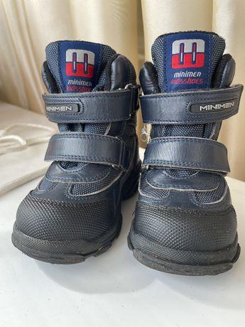 Продам детские зимние ботинки сапоги Minimen размер 21