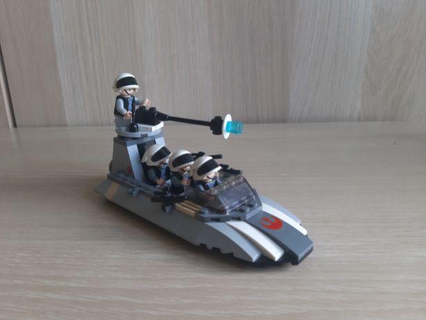 Zestaw Lego Star Wars 7668 Rebel Scout Speeder