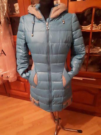 Długi płaszczyk kurtka zimowa S
