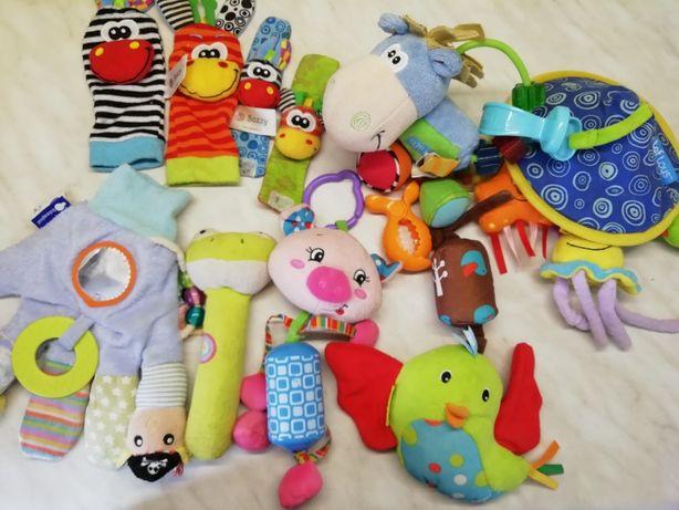 Набор игрушек до 1 года
