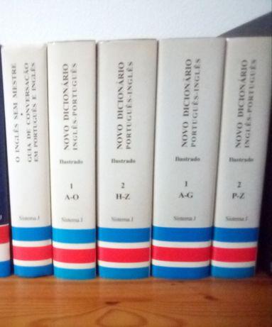 Colecção de dicionários portugues- inglês e inglês - portugues