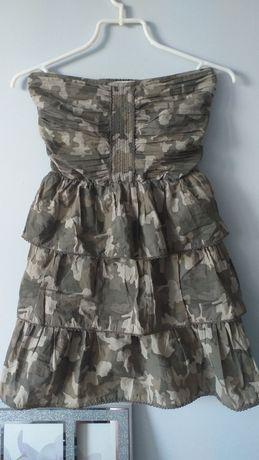 Śliczna sukienka moro