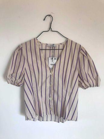 T-shirt estilo camisa com riscas e mangas balão