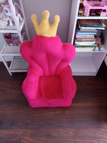 Fotel królewny dla dziecka