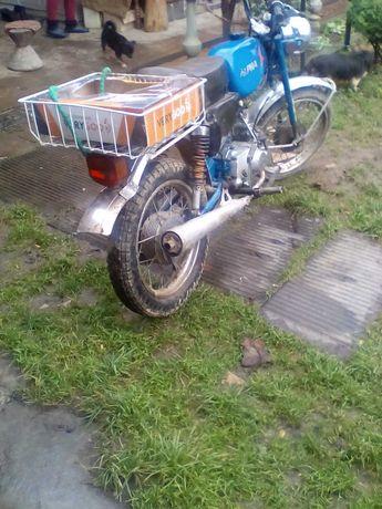 Продається мотоцикл  карпати      в   робочому стані .