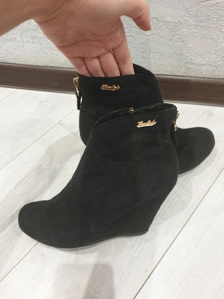 Продам ботильоны, ботинки