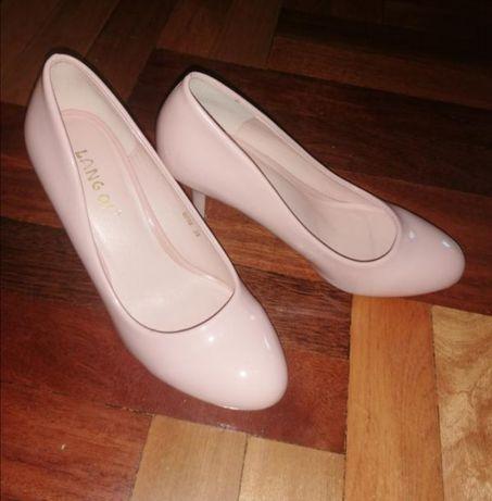 Туфли кожанные лакированый розовые пудровые свадебные шкіряні туфлі 35