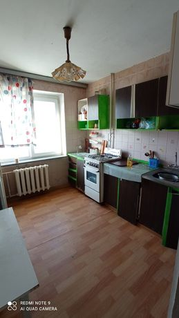 2-х комнатная квартира по ул. Довженко. Центр.