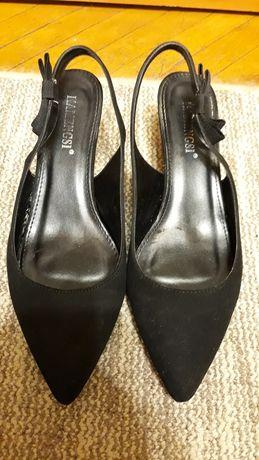 Продам туфельки 40 р. 26 см