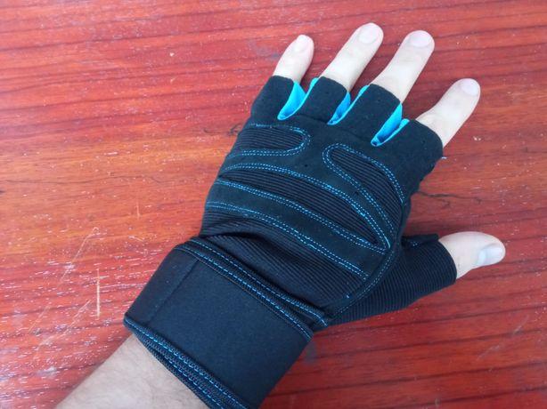 Перчатки спортивные защитные для турника спортзала фитнеса бодибилдинг