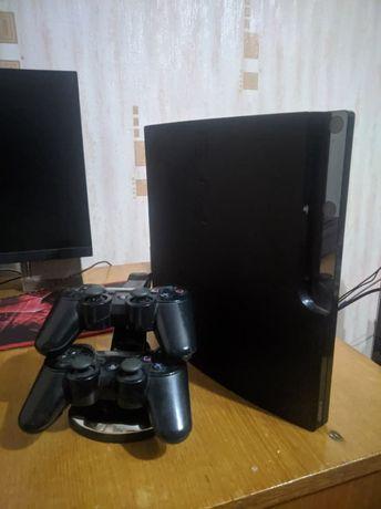 Playstation 3 Slim прошитая 1TB 2 джойстика док-станция