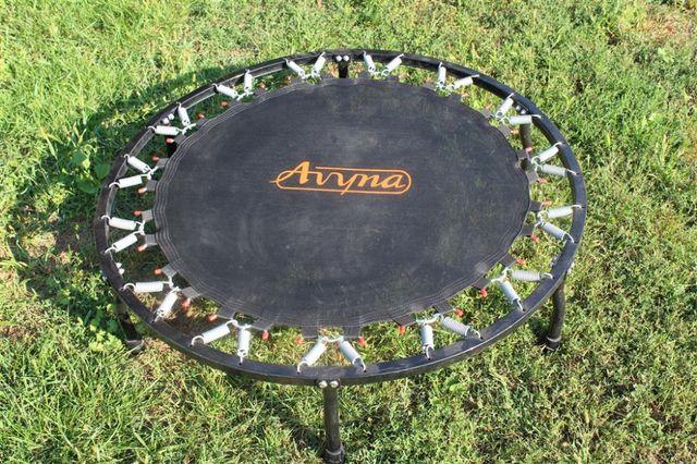 Trampolina sportowa, średnica 100 cm Avyna