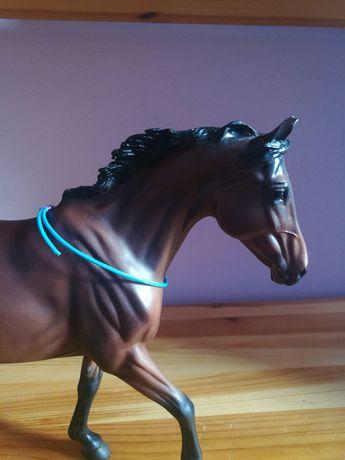 Sprzedam Cordeo  dla koni breyer Pilnie