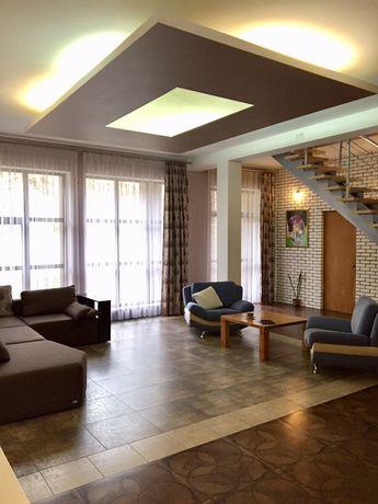 Дом в Киеве, 5 отдельных комнат, долгосрочно, хозяин, терраса, камин