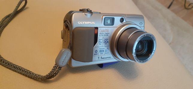 Цифровой фотоаппарат Olympus C 70
