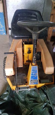 Stiga villa traktorek