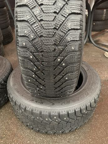 235/55/17 Goodyear Ultra Grip 500