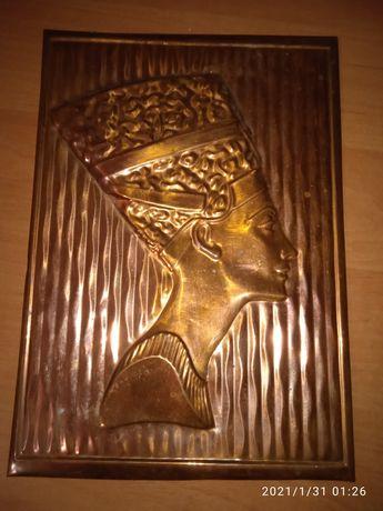 Чеканка портрет Нифертити