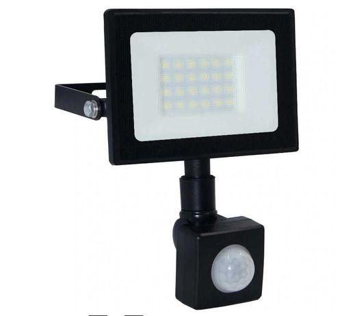 Lampa Naświetlacz LED z czujnik ruchu 20W PREMIUM