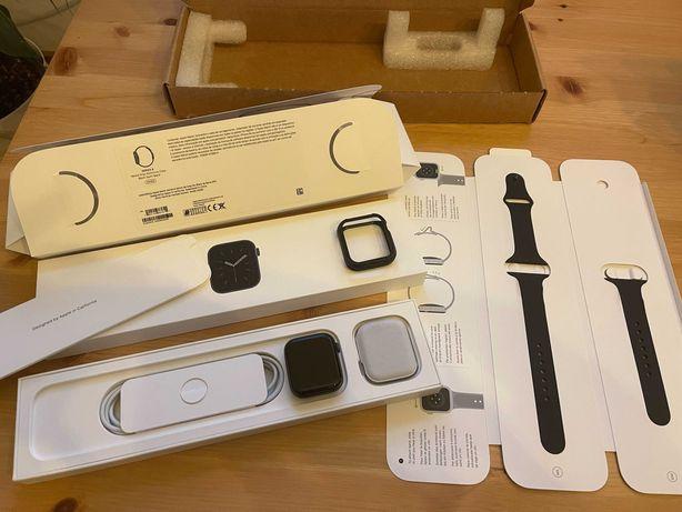 Apple Watch Series 6 / 44mm Black - Como Novo! Com garantia!