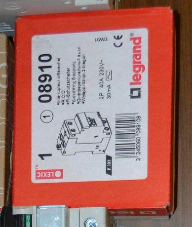 Wyłącznik różnicowoprądowy P302 40A 08910
