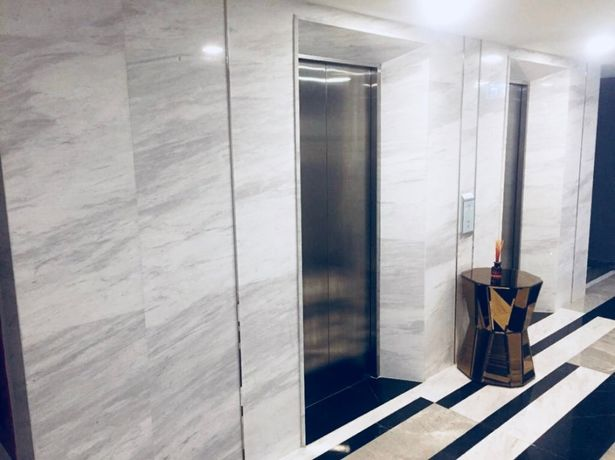 Duże płytki KAMIEŃ marmur naturalny 80 x 40 cm Volakas Carrara 80x40