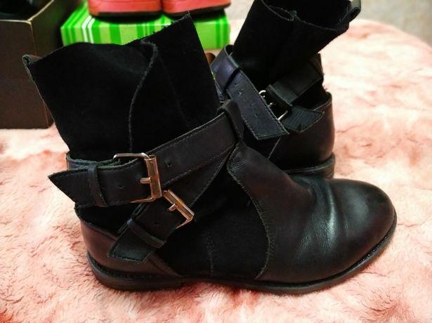 Ботинки для девочки демисезонные разм34