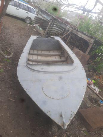 Продам лодку МКМ з мотором
