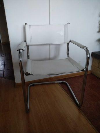 Fotel metalowy biały