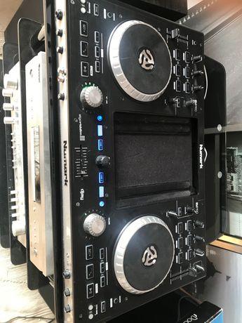 Kontroler DJ-ski do iPada Numark iDJ Pro