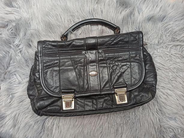 Czarna torba skórzana, na ramię, do ręki, rączka, vintage