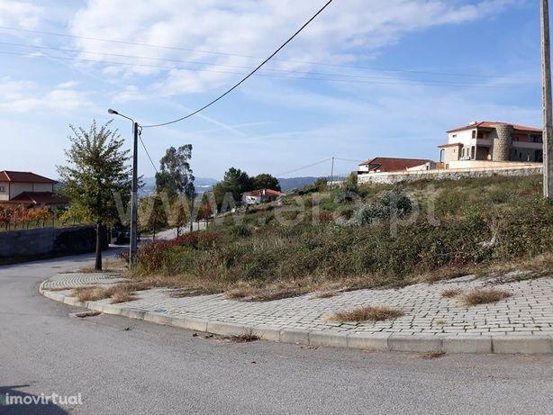 Lotes de terreno em Revelhe desde 26.500€ a 31.500€