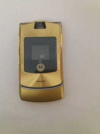 Motorola V3 Dolce & Gabbana Gold