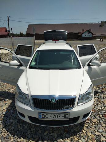 Автомобіль 2011 дизель