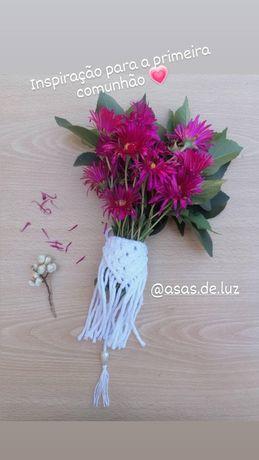 Decoração em macrame para flores