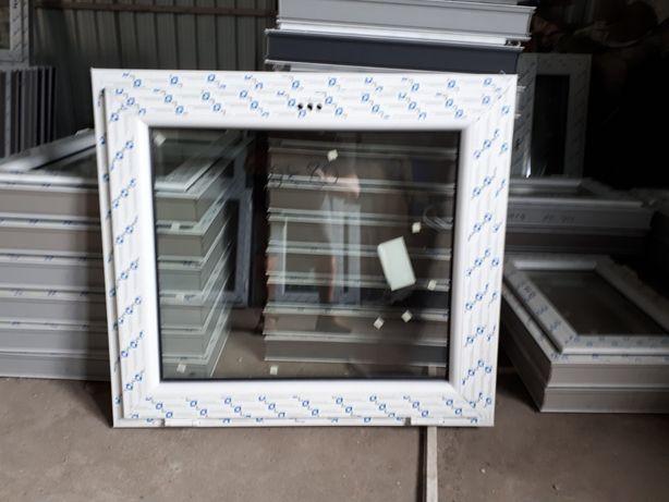 okno pcv 81x81 tania - wysylka od ręki nowe