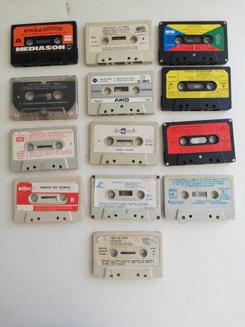 Cassetes antigas sem caixa